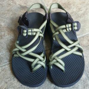 Women's Chaco sports hiking sandals Sz 6
